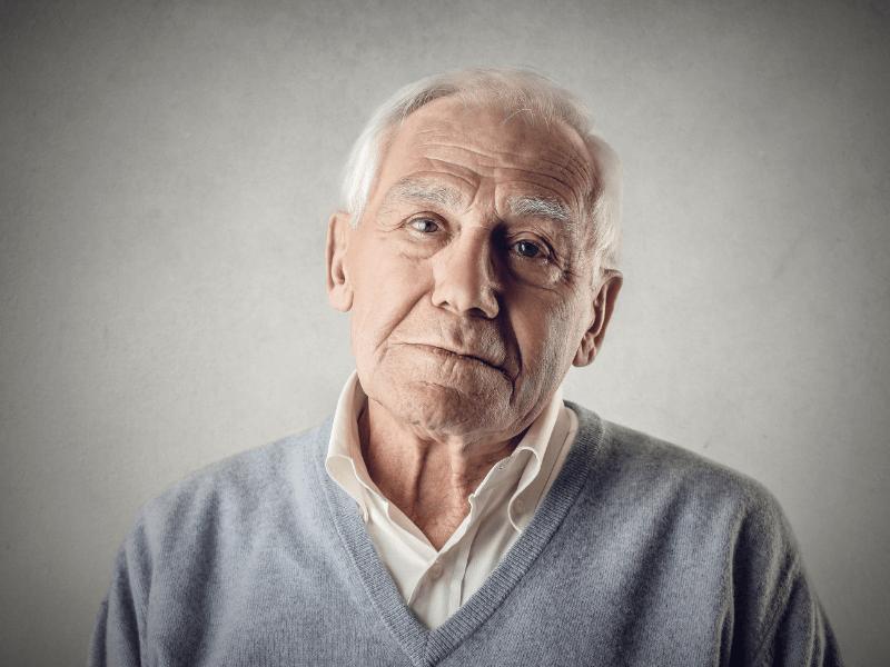Lớn tuổi cũng là nguyên nhân gây nên chứng giãn mạch chân